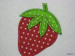 """Stickdatei Erdbeere """"Trio"""" in 3 Größen 10x10cm"""