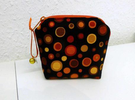 Taschenhüpfer lots of dots