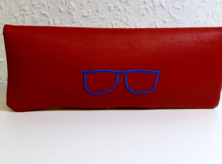 brille back rot fuchs