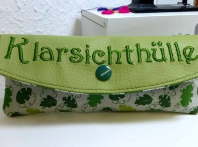 "Brillenetui ""Klarsichthülle"" Blätter"