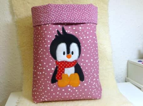 Pinguin-sitzend